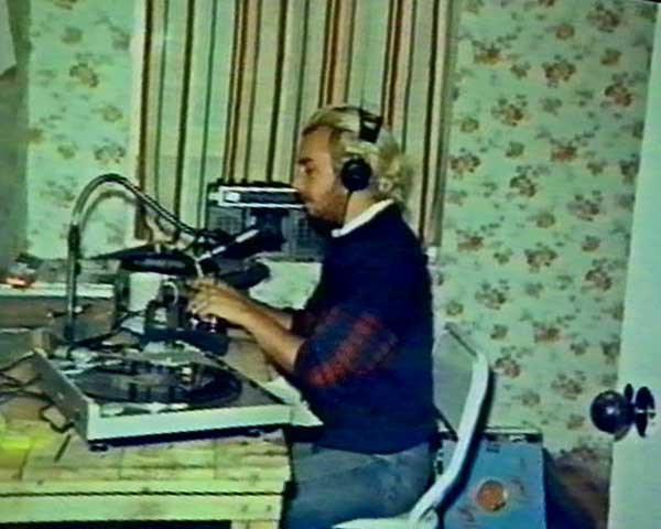 Gordon Mac in one of the earliest studios